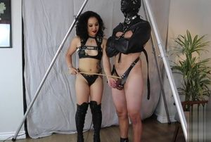 Female domination An Li taunting and..