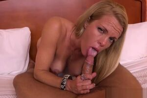Bodacious  Jeanie Bangs Red-hot Nubile..