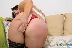 EuropeMature Mischievous Josephine and..