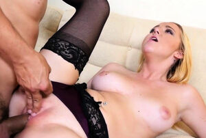 Iris Rose getting oral