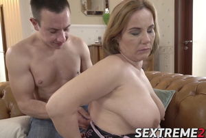 Senior big-titted Mimi Jean tempts..