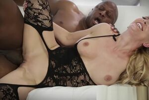 Inviting Cougar Cherie Deville takes..
