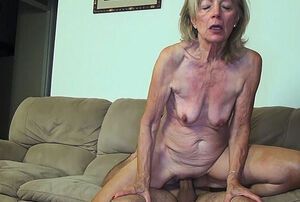 81 years  mummy pulverized by stepson